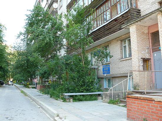 В жилом доме в Протвино некому чинить канализацию