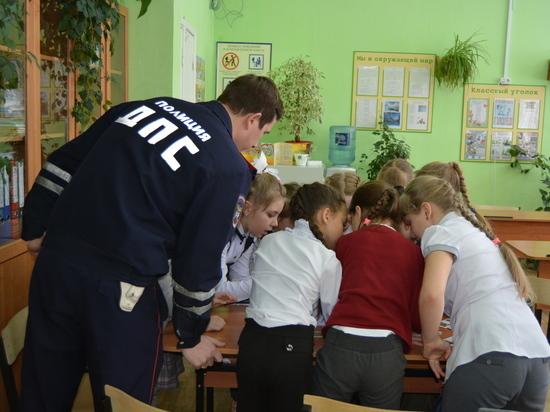 Маленьким участникам движения в Серпухове рассказали о ПДД