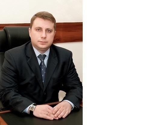 Глава Серпухова поздравляет женщин с 8 марта